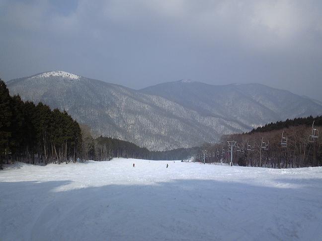 県民の森スキー場_20110225_hp.jpg